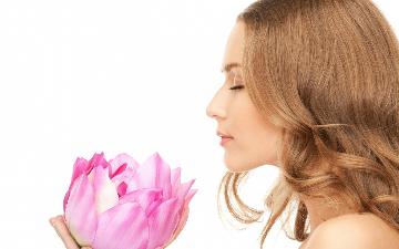 KYSLÍK PRO ZDRAVÉ TĚLO A DUŠI: kyslíková terapie + možnost léčivého aroma dle výběru + relax ve vyhřívaném vibračním křesle + nápoj